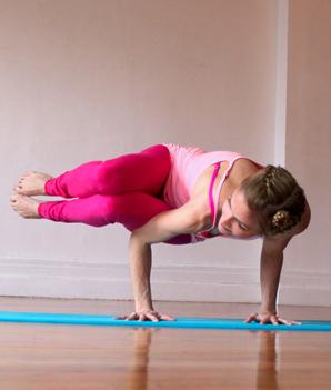yoga poses to detox naturally  heidi kristoffer