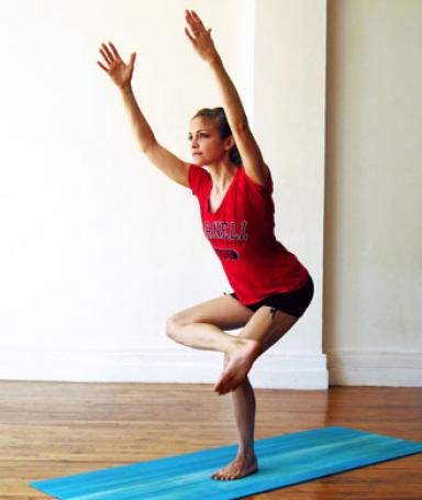 9 yoga poses for long lean legs  heidi kristoffer
