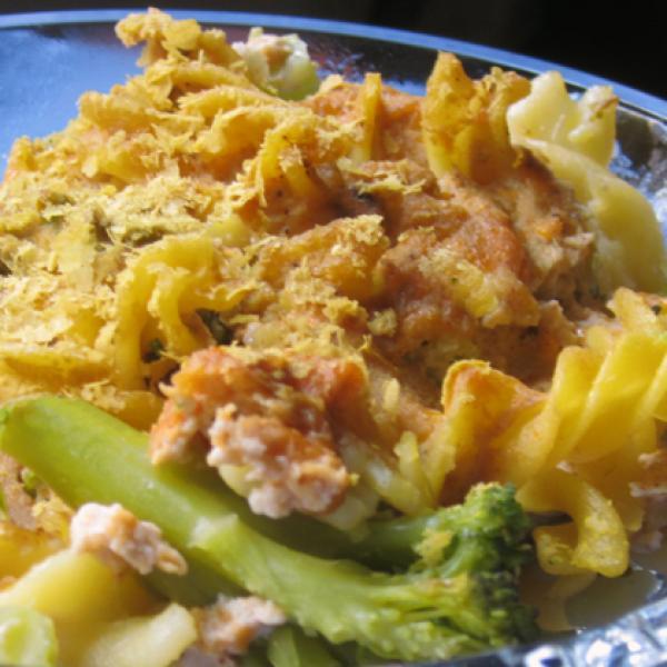 Mac 'n' Cheese 'n' Broccoli Bake