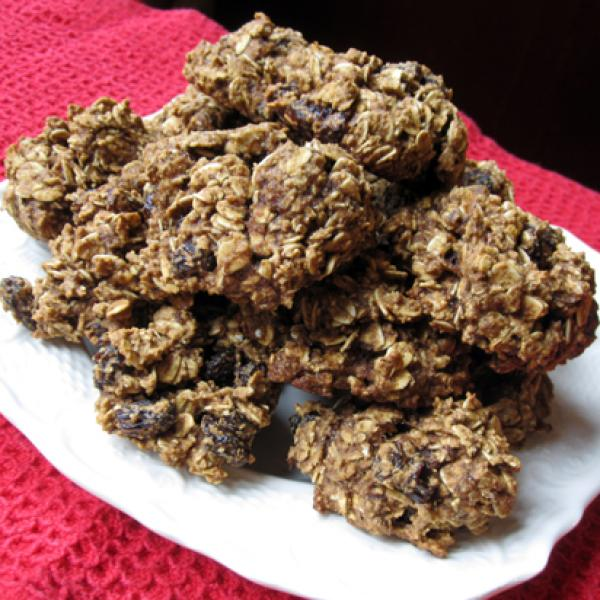 Oil-Free Spiced Oatmeal Raisin Cookies